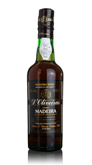 D'Oliveiras Madeira - 3 year old Medium Dry - Half Bottle
